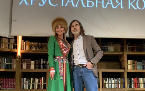 Йошкаролинка стала обладательницей титула «Миссис Россия-Вселенная»