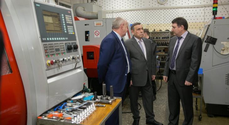Глава Марий Эл проверил завод с отгрузкой в 800 миллионов рублей
