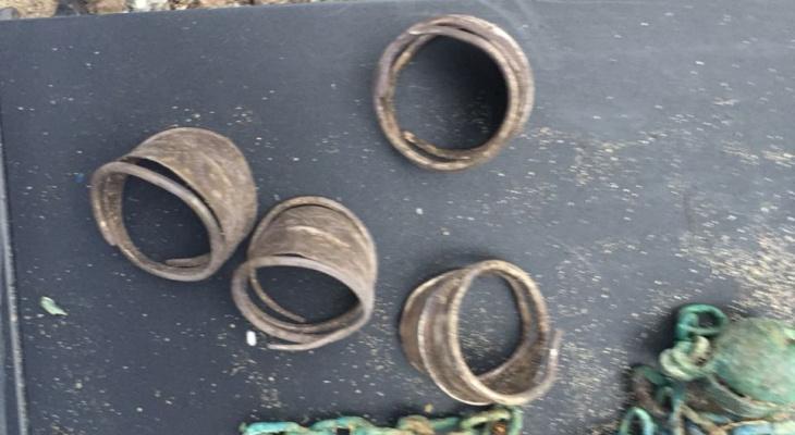 Жители поселка в Марий Эл выкопали захоронение тел