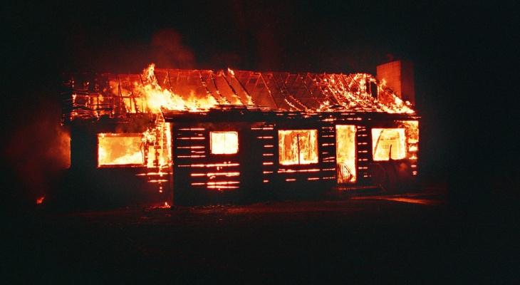 В Марий Эл на пепелище нашли тело хозяина дома