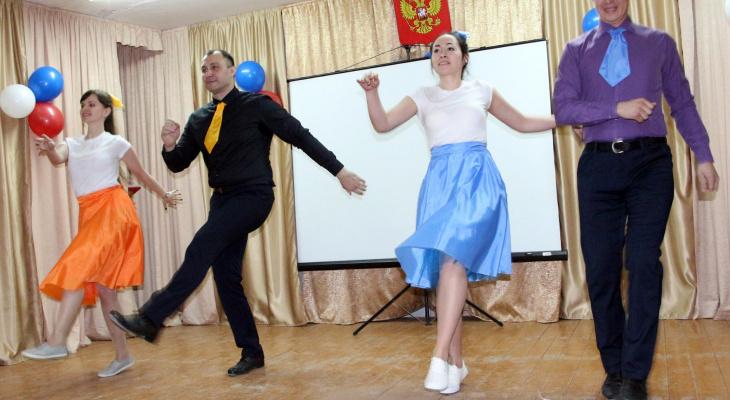 В Йошкар-Оле сотрудники СИЗО на своем дне рождения станцевали Буги-вуги