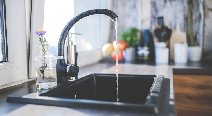 В Марий Эл жители поселка вторые выходные «сидят» без питьевой воды