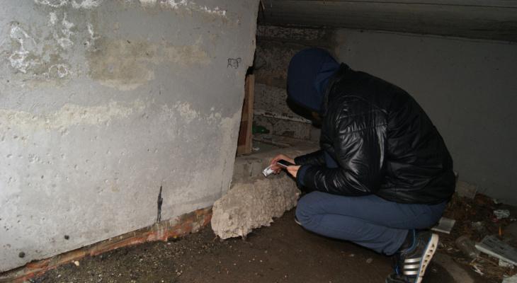 """В Йошкар-Оле полицейские поймали несовершеннолетнего """"наркодилера"""""""