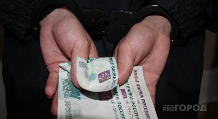 """В Йошкар-Оле полицейский взял в """"заложники"""" паспорт пьяного водителя и потребовал взятку"""