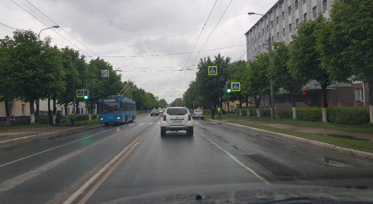 Начал работать новый светофор на Ленинском проспекте Йошкар-Олы