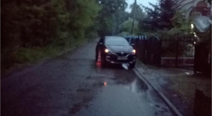 В Марий Эл автоледи сбила женщину, которая перебегала дорогу