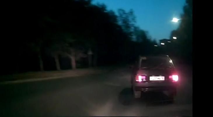 В Марий Эл полицейские гнались за пьяным лихачом несколько километров (ВИДЕО)
