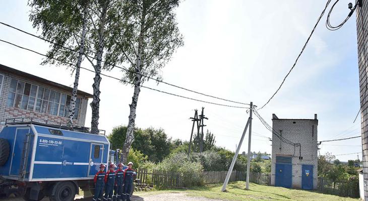 «Мы не могли даже телевизор посмотреть»: жителям села в Марий Эл «наладили» освещение