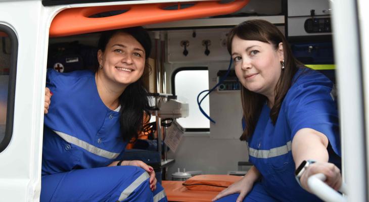 Новенькие «скорые» и школьные автобусы приехали в республику Марий Эл
