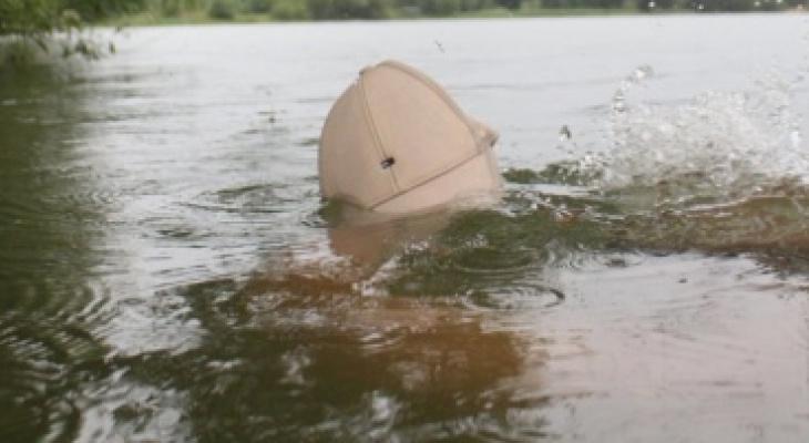 В Марий Эл полицейские нашли в пруду тело утонувшего