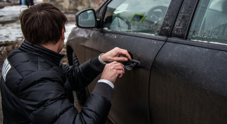 «Наследил»: йошкаролинец во время кражи забыл на месте преступления свой смартфон