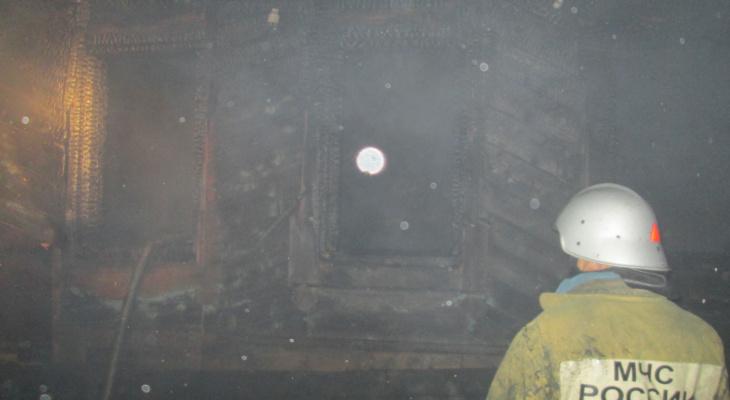 Дети спасены соседями: в деревне Марий Эл загорелся частный дом