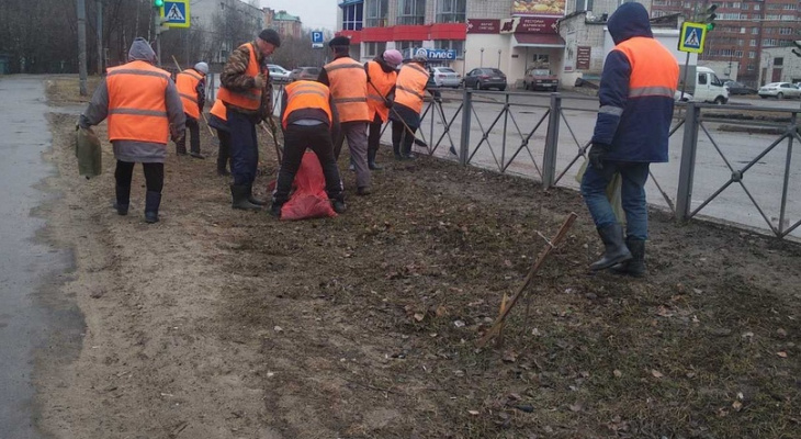 Газоны и клумбы: в Йошкар-Оле идет подготовка к весне