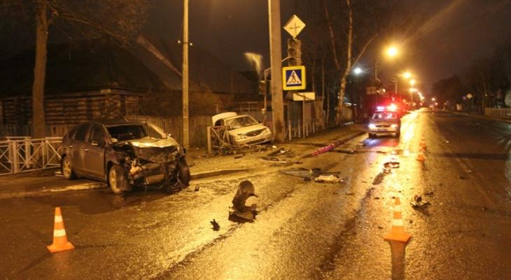 Известны подробности ночного ДТП в Йошкар-Оле, где пострадали четверо