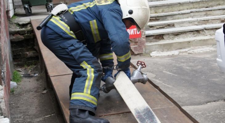 """В МЧС рассказали, почему пожарные Марий Эл приезжают с """"пустыми цистернами"""""""