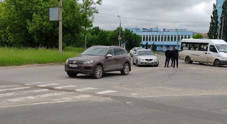 Дорожные полицейские в Йошкар-Оле разыскивают очевидцев ДТП