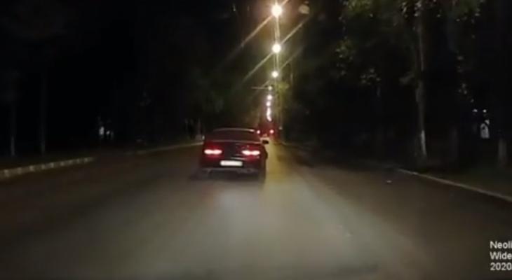 Как в GTA: пьяный водитель пытался угнать от экипажа ДПС в Йошкар-Оле