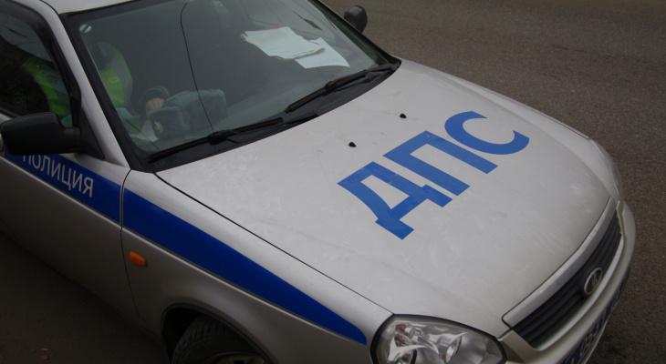 В Йошкар-Оле водитель Mazda сбил пешехода и скрылся