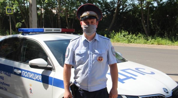 Герои нашего города: инспектор ДПС задержал похитителя в магазине Девятого микрорайона