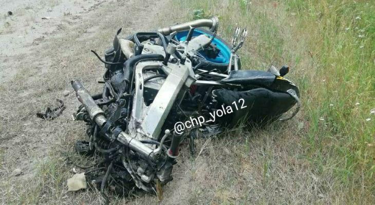 Серьезное ДТП в Марий Эл: на Казанском тракте столкнулись иномарка и мотоцикл