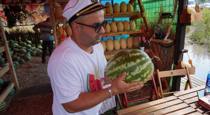 Йошкаролинцы покупают сочную ягоду в бутике «от Армани»