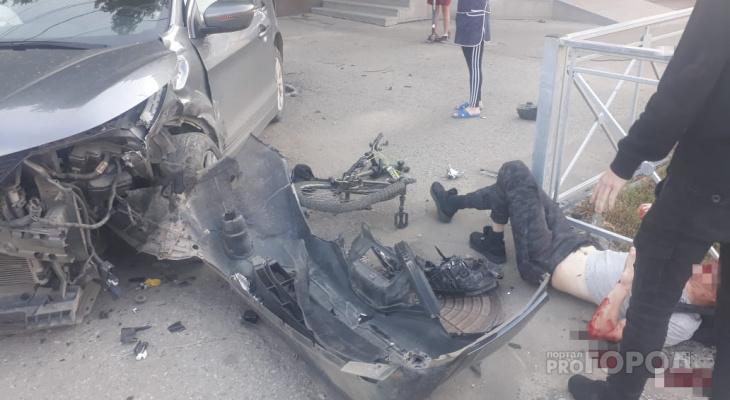 Серьезное ДТП на Машиностроителей: от удара у велосипеда вырвало колесо