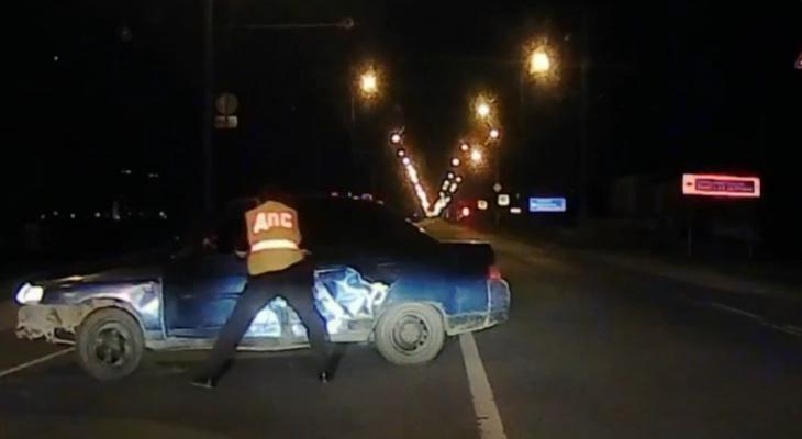 В Марий Эл пьяный водитель «десятки» пытался уйти от экипажа ДПС