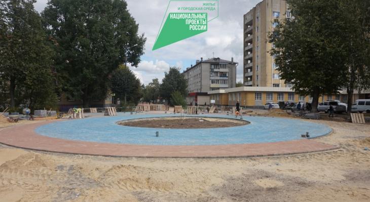В Йошкар-Оле продолжают реконструировать сквер Свирина