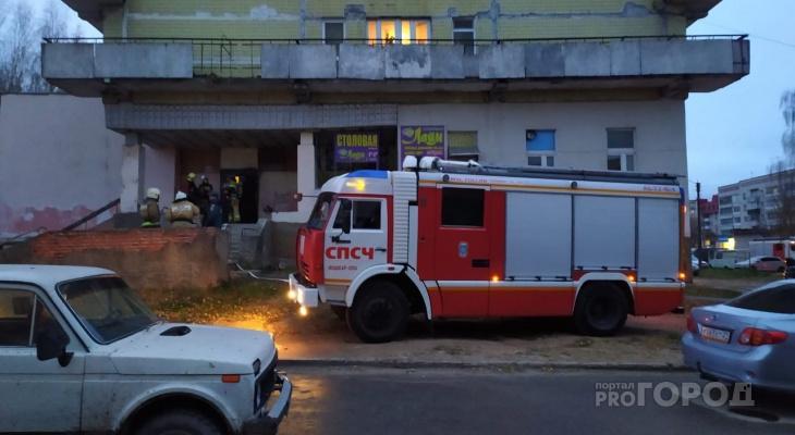 """""""То, не знаю что"""": в Йошкар-Оле пять машин спасателей приехали тушить пожар"""