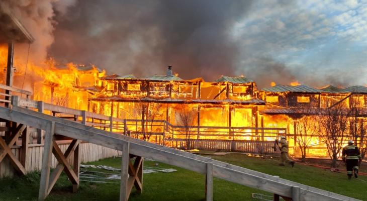 Пожар в Марий Эл уничтожил базу отдыха