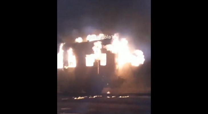 В Марий Эл загорелся вагон