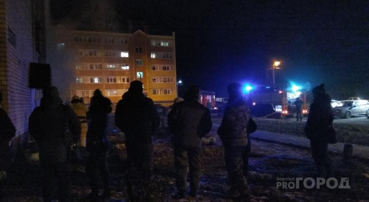 В пригороде Йошкар-Олы загорелся подвал жилого дома
