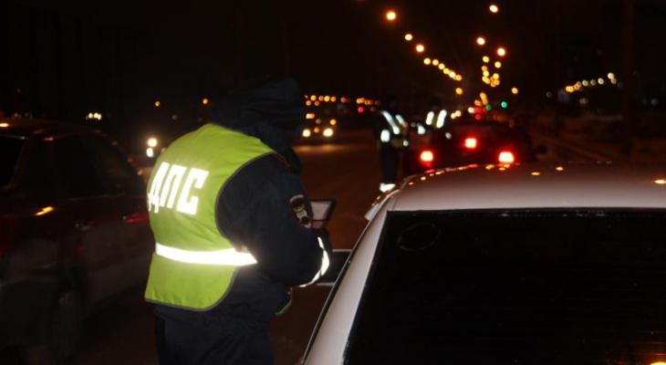 Нетрезвый водитель без прав пытался уйти от сотрудников ДПС