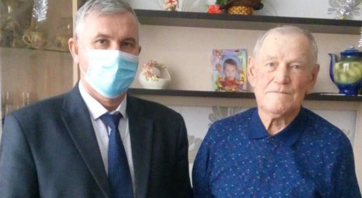 Житель Марий Эл получил открытку от Путина