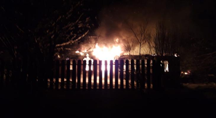 Житель Марий Эл безуспешно пытался спасти соседа из горящей квартиры