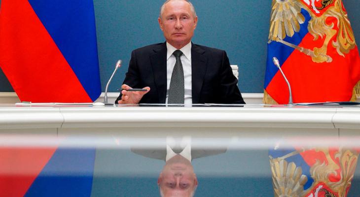 Путин сообщил о начале массовой вакцинации от коронавируса
