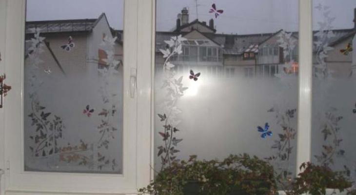 Йошкаролинцам рассказали, почему сейчас зимой на окнах нет узоров