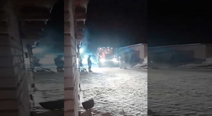 Ночью в Куженере сгорел дотла автомобиль