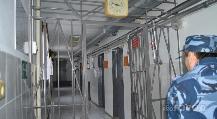 Звонков из «банка» станет меньше: власти приняли закон о блокировке мобильной связи в тюрьмах