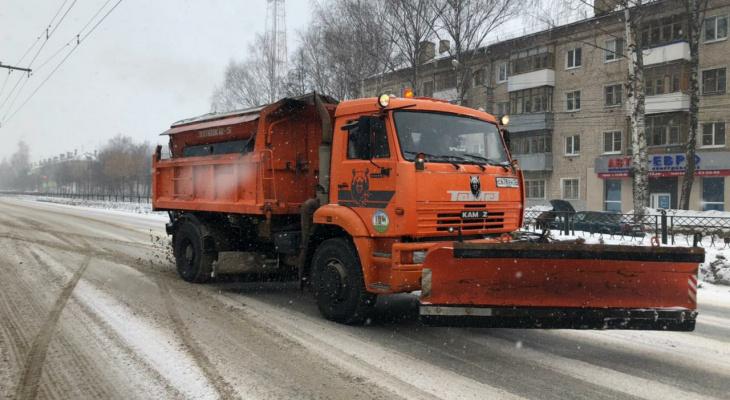 На дороги Йошкар-Олы было высыпано более 170 тонн песка