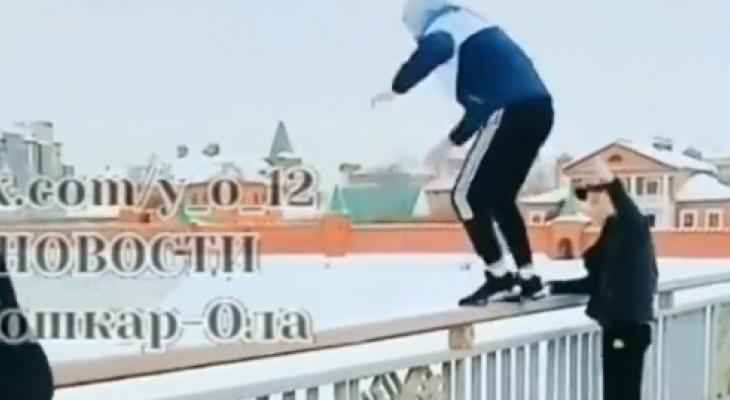 В Йошкар-Оле школьник спрыгнул с моста