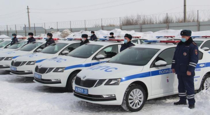 Сотрудникам ГИБДД Марий Эл выдали новые  автомобили