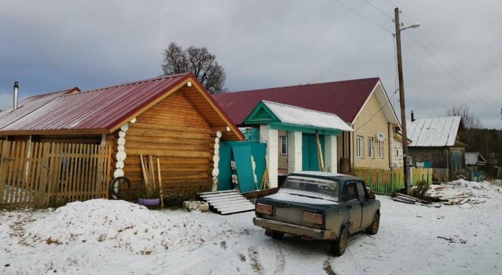 Нет магазинов, школ и детсадов: в одной из вымирающих деревень Марий Эл не осталось даже стариков