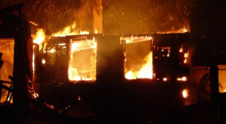 В Марий Эл в пожарище спустя три недели нашли тело мужчины