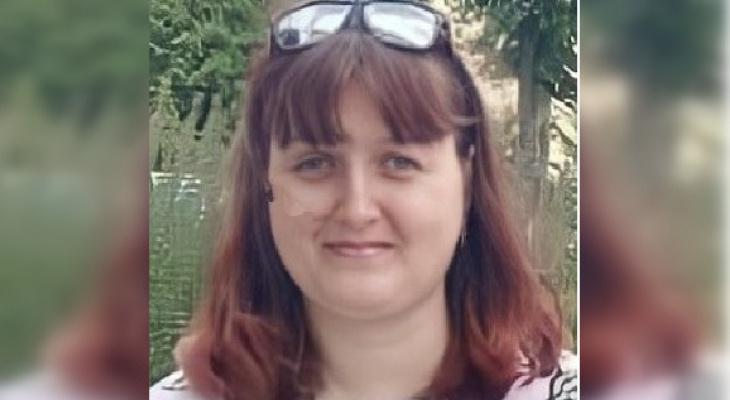 В Марий Эл ищут женщину в темно-синей крутке, которая пропала два месяца назад