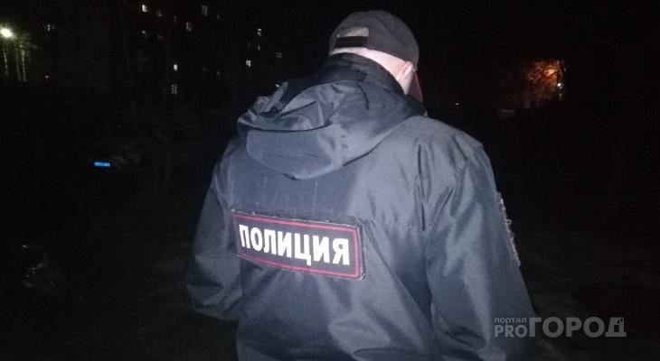 В одном из домов Йошкар-Олы на лестничной клетке нашли труп мужчины