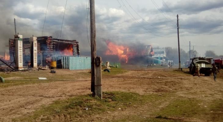 В одной из деревень Марий Эл за день сгорели три дома подряд
