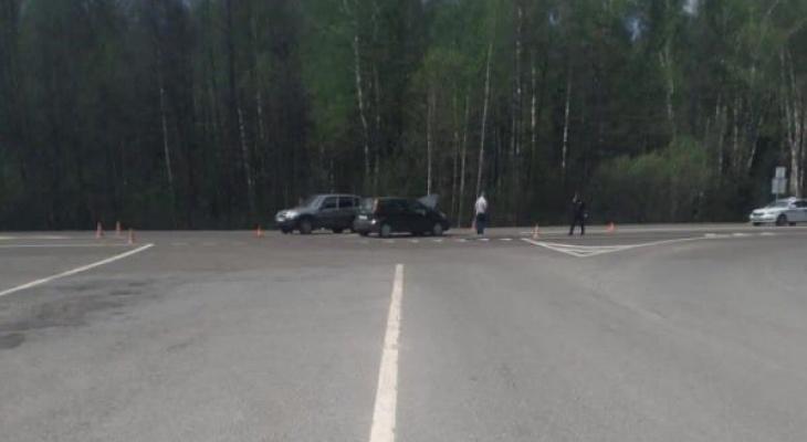 На трассе в Марий Эл в аварии пострадали мужчина и ребенок
