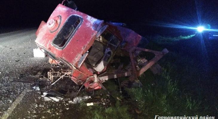 «Трактор всмятку»: жительница Марий Эл на иномарке врезалась в пьяного водителя