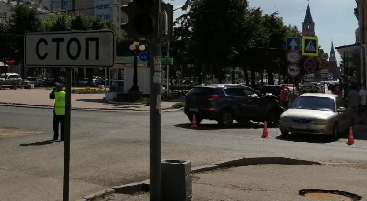 «Решила повернуть налево»: появились подробности утреннего ДТП на Чавайна в Йошкар-Оле